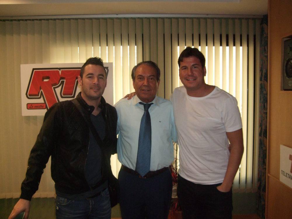 Justo Molinero & Andy y Lucas